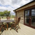 3 bedroom log cabin sleeps 6